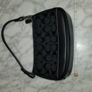 Coach mini shoulder bag. NEW WITHOUT TAGS